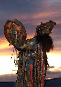 Выставка «Крылья избранных духами»