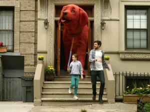 Смотреть Большой красный пёс Клиффорд